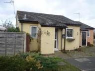Bungalow in Tharp Way, Chippenham...