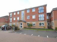 2 bedroom Flat for sale in Cole Court Reservoir...