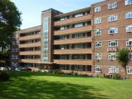 Flat for sale in Brae Court Kingston Hill...