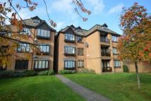 Flat in Coombe Lane West...