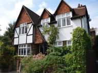 4 bed Detached house in Malden Park, New Malden...