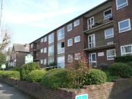 2 bedroom Flat for sale in Cranes Park Avenue...