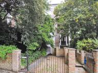 1 bed Flat for sale in The Barons, Twickenham...