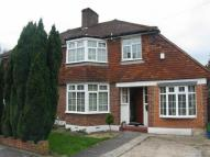 3 bedroom home for sale in Mottingham Gardens...
