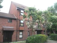 Flat in Clowser Close, Sutton...