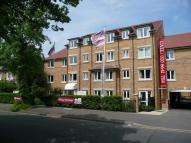 Flat in Cavendish Road, Sutton...