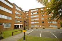 2 bed Flat in Homefield Park, Sutton...