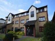1 bed Flat for sale in Foxglove Way, Wallington...