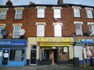 Flat for sale in Old Road West, Gravesend...