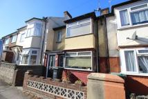 3 bed Terraced house for sale in Brook Road, Northfleet...