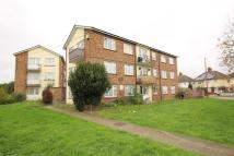 Flat in Lewis Court Snelling...