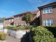 2 bedroom Flat in The Brow, Watford, WD25