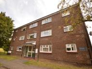 2 bedroom Flat in Curtis Close, Mill End...