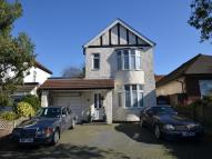 3 bed Detached house in Woolwich Road...