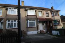 property for sale in Hind Crescent, Erith, DA8