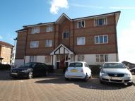 1 bedroom Flat in Chandlers Drive, Erith...