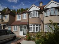4 bed semi detached property for sale in Lower Road, Erith, DA8