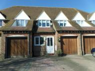 3 bed home for sale in Canute Road, Faversham...