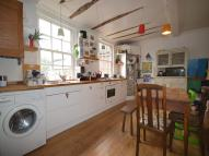 3 bed Flat in Preston Street...