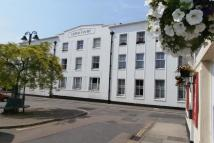 1 bedroom Flat in Lloyd Court High Street...