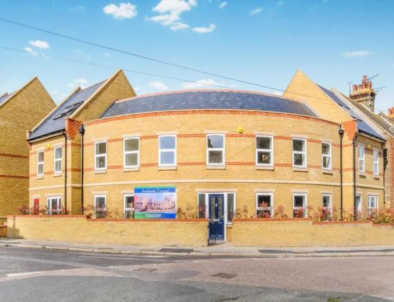 3 bedroom semi detached house for sale in southwood road ramsgate ct11 ct11