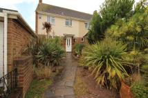 3 bed semi detached property in Maunders Close, Chatham...