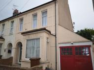3 bedroom house in Trinity Road, Gillingham...