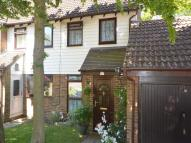 2 bedroom semi detached house in Violet Close...