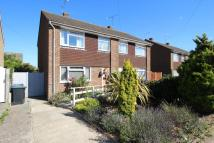 3 bed semi detached house in New Road, Worthing, BN13