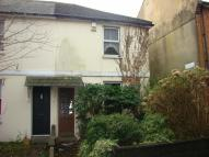 2 bedroom house in Chievely Cottages...