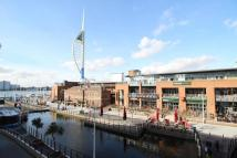 2 bed Flat for sale in The Canalside Gunwharf...