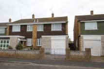 2 bedroom semi detached house in Dunlin Close, Southsea...