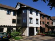 4 bed house in Calshot Court Channel...