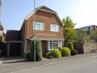 4 bedroom Detached property in Meadow Avenue...