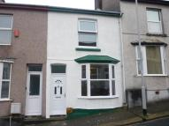 2 bed house in Welsford Avenue, Stoke...