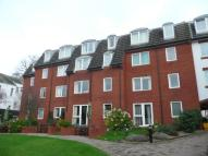 Flat for sale in Homecourt House...