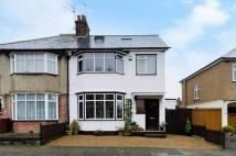 5 bed semi detached house in North Harrow