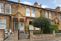 5 bedroom house to rent in Gladstone Road, Wimbledon
