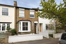 4 bed property for sale in Derby Road, Wimbledon