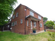 4 bed house in Hampton Close...