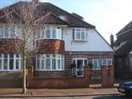 property to rent in Holland Avenue...