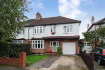 house to rent in Heath Drive, Raynes Park