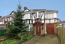 4 bedroom house in Westcoombe Avenue...