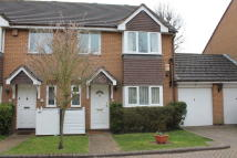 house to rent in Cottenham Park Road...