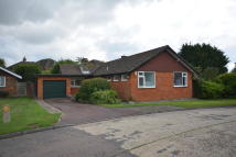 3 bedroom Detached Bungalow in FERNDOWN, Hornchurch...