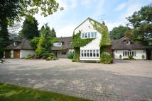 7 bed Detached property for sale in NELMES WAY, Hornchurch...