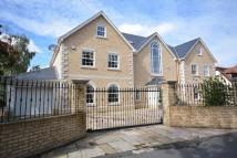 Detached home in Elm Grove, Emerson Park...
