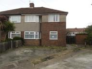 2 bed Maisonette to rent in Oxtoby Way, Streatham...