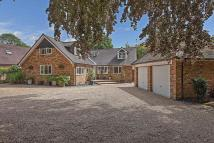 4 bed Detached home for sale in BOURNE END