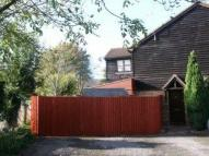 semi detached house to rent in Bourne End